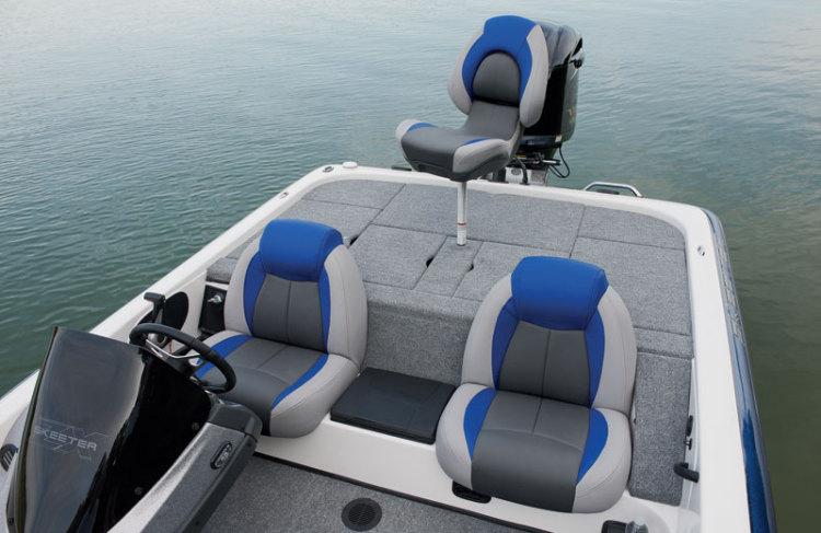 l_main-seating2