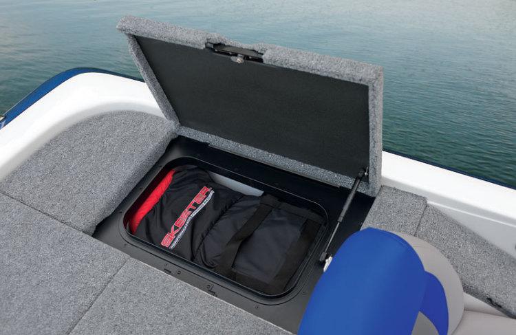 l_port-rear-storage1