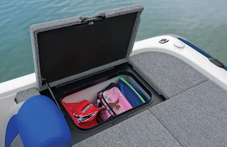 l_starboard-rear-storage1