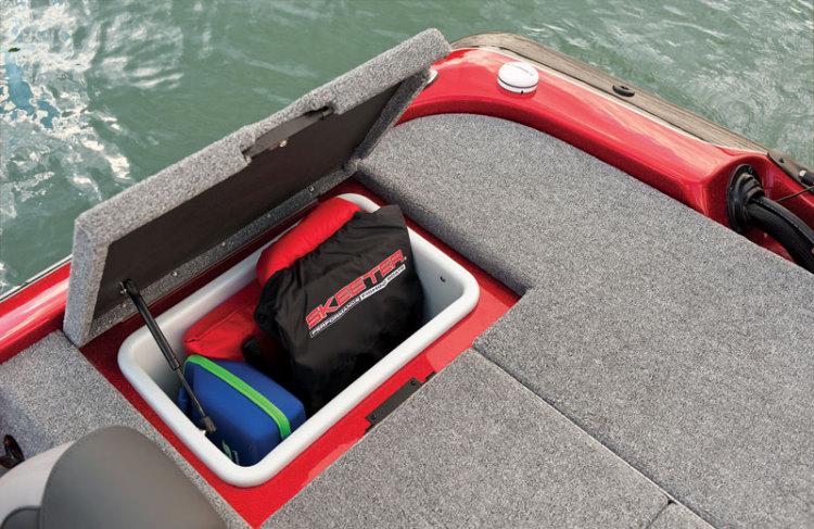 l_starboard_rear_storage