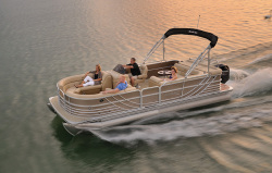 2014 - South Bay Boats - 724E