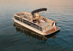 2012 - South Bay Pontoons - 725CR