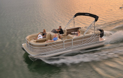 2015 - South Bay Boats - 722CR
