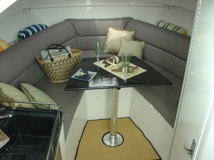 l_29ex-cabin-fwd-2