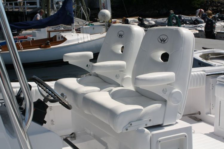 l_11-southport-deluxe-helm-chairs-with-bolsters_web1