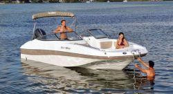 2012 - Southwind Boats - 212 SD