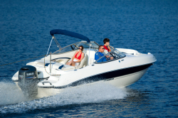 2012 - Stingray Boats - 214LR