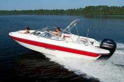 2012 - Stingray Boats - 204LR Open Bow