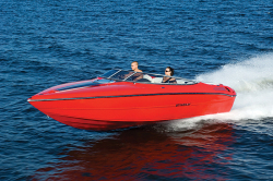 2013 - Stingray Boats - 225SX