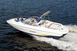 2015 - Stingray Boats - 198LF