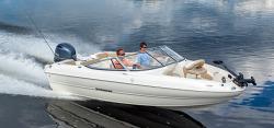 2015 - Stingray Boats - 204LF