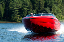 2015 - Stingray Boats - 225SX