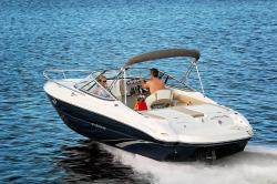 2017 - Stingray Boats - 225CR