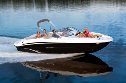 2017 - Stingray Boats - 235LR