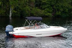 2017 - Stingray Boats - 204LR