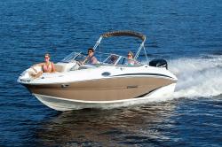 2017 - Stingray Boats - 214LR