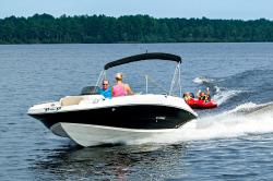 2018 - Stingray Boats - 212SC