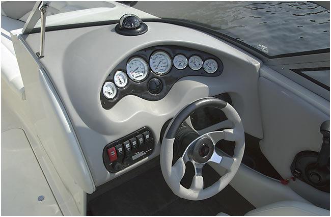 l_Stingray_Boats_-_230LX_2007_AI-247717_II-11419748