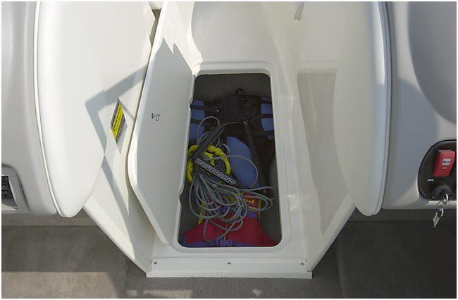 l_Stingray_Boats_-_230LX_2007_AI-247717_II-11419750