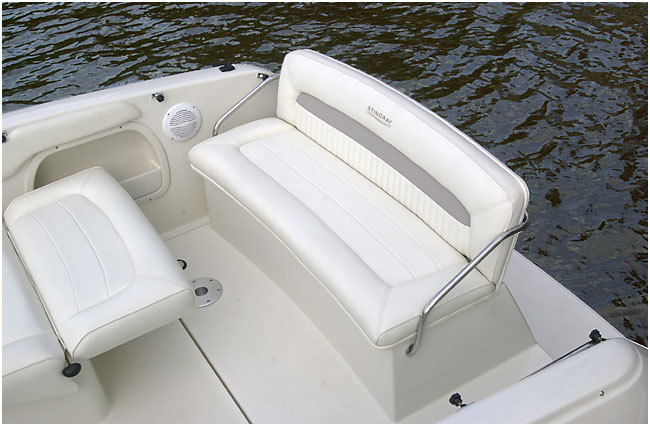 l_Stingray_Boats_240CS_2007_AI-247727_II-11420064