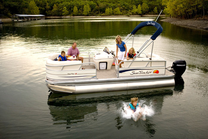 Research Sun Tracker On Iboats Com