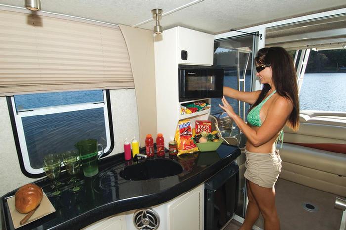 Sun Tracker Pontoon Boats >> Research 2010 - Sun Tracker - Party Cruiser 32 on iboats.com