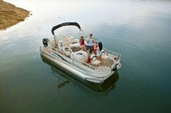 2010 - Sun Tracker - Fishin- Barge 21