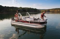 2011 - Sun Tracker - Fishin- Barge 21
