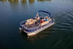 2013 - Sun Tracker - Fishin- Barge 20 DLX