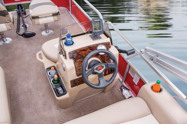 l_bass-buggy-16-dlx_steeringwheelgagesandfishfinderdrinkholdersandphonestorage