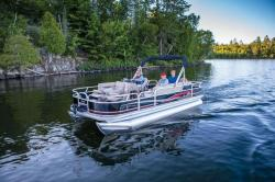 2014 - Sun Tracker - Fishin- Barge 20 DLX