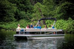 2014 - Sun Tracker - Party Barge 24 DLX