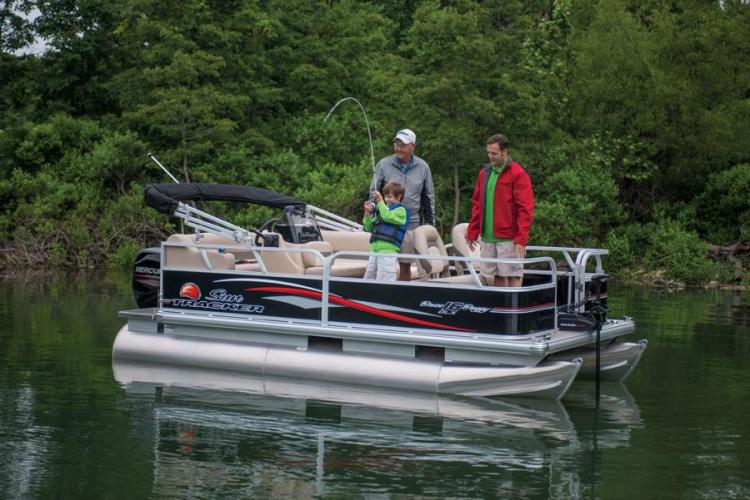 Research 2015 - Sun Tracker - BASS BUGGY 16 DLX on iboats.com