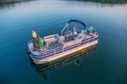 2015 - Sun Tracker - Fishin- Barge 24 DLX