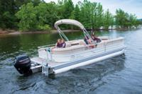 2017 - Sun Tracker - Party Barge 24 DLX