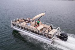 2018 - Sun Tracker - Fishin- Barge 24 XP3
