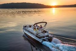 2019 - Sun Tracker - Fishin- Barge 20 DLX
