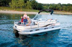 Sun Tracker FISHIN- BARGE 21 Signature Pontoon Boat
