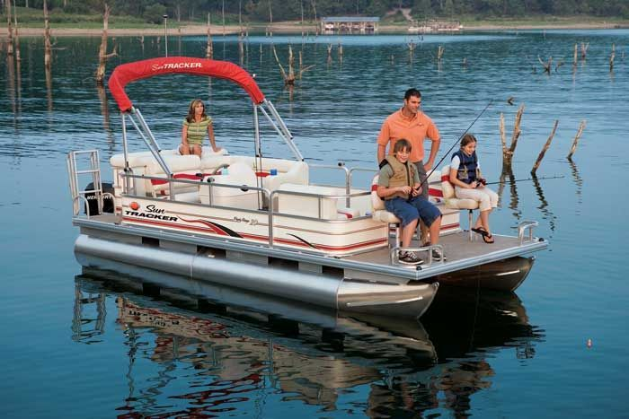 Research sun tracker party barge 20 signature pontoon boat for Party boat fishing near me