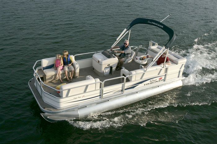 Research sun tracker party barge 21 signature pontoon boat for Party boat fishing near me