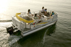 Sun Tracker PARTY BARGE 18 Signature Series Pontoon Boat