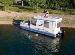 Sun Tracker PARTY HUT 30 IO Regency Edition Pontoon Boat