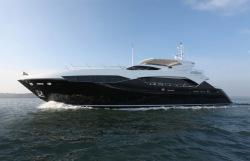 2013 - Sunseeker Yachts - Predator 115