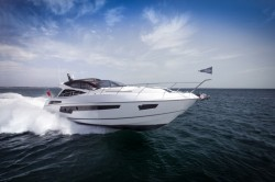 2014 - Sunseeker Yachts - Predator 68
