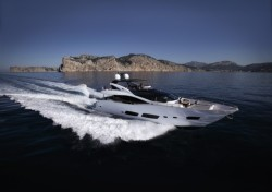 2017 - Sunseeker Yachts - 28 Metre Yacht