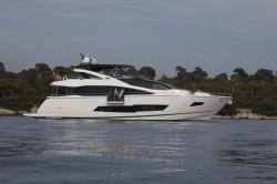 2017 - Sunseeker Yachts - 86 Yacht