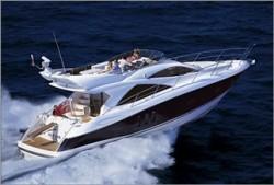 Sun Seeker Manhattan 50 Fly Bridge Boat
