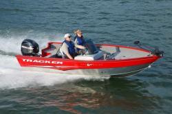2011 - Tracker Boats - Pro Guide V-16 SC