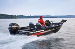 2012 - Tracker Boats - Super Guide V-16 SC