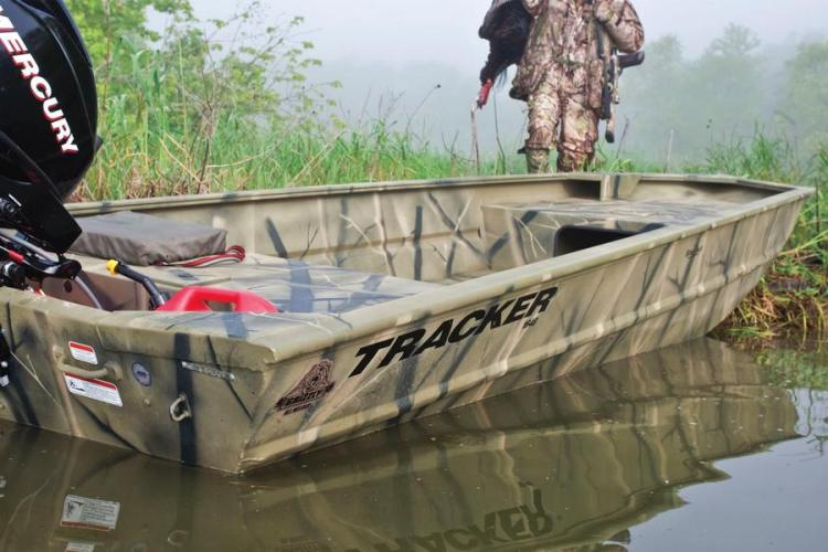 Research 2012 - Tracker Boats - Grizzly 1754 Jon on iboats com
